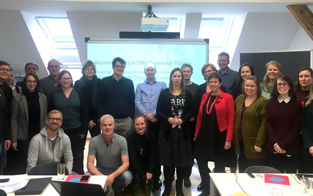 International besetztes ASTP Meeting an der Akademie der bildenden Künste Wien: Beyond Training in SSHA Knowledge Transfer